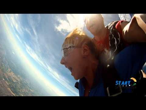 StartSkydiving.com: Kimberly Hunter