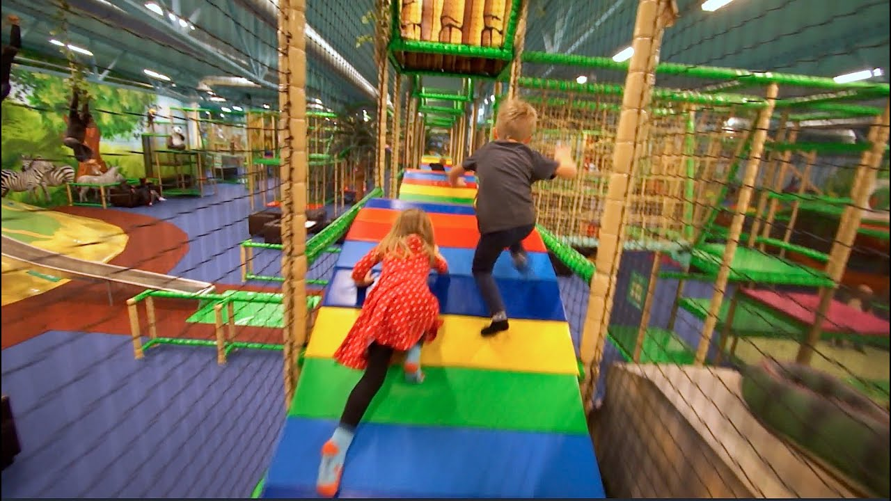 Family fun at leo 39 s lekland hd short edit indoor play for Best indoor playground for toddlers