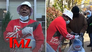 Tracy Morgan Hands Out Turkeys to Long Line of New Yorkers | TMZ