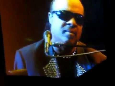 "Stevie Wonder ""You and I"" live 2010"