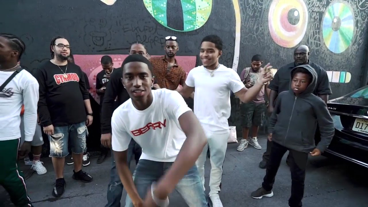 Download King Combs & CYN 'Berry' (WSHH Exclusive -official video)