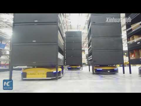 1 robot VS 10 humans: China's e-commerce giant uses AGVs in warehouse