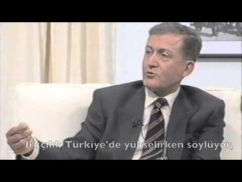 """Prof. Ahmet Taner Kışlalı anlatıyor: """"Ne mutlu Türk'üm diyene"""" ne demek ?"""