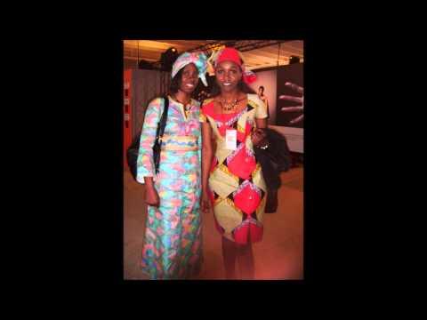 fotos exposicion mujeres por x africa  Año 1