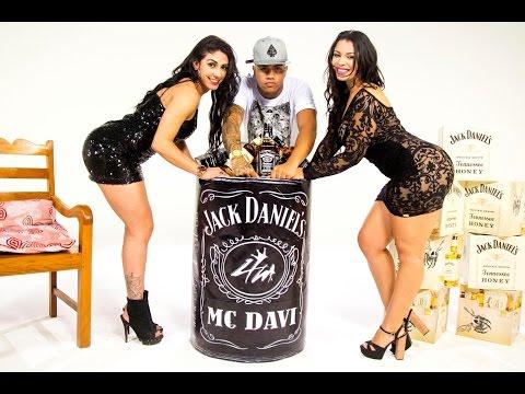 MC Davi - Escuta o Grave (Web Clipe Oficial) DJ R7