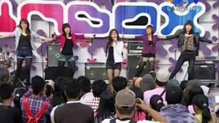 BE5T - Long Distance, Live Performed di INBOX (05/12) Courtesy SCTV