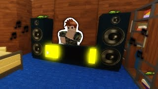 I Got My Son A DJ Booth! (ROBLOX Bloxburg) ft. Ruski Leib