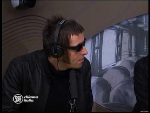 Gli Oasis ospiti a Deejay chiama Italia (Radio Deejay)