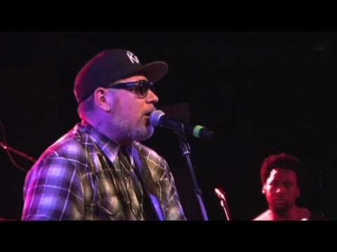 House of PainEverlast Folsom Prison Blues 04 10 2011