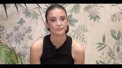 María Pedraza, protagonista de '¿A quién te llevarías a una isla desierta?'   Elle España