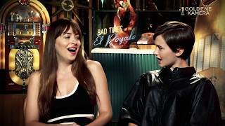 """Bad Times at the El Royale"": Dakota Johnson und Cailee Spaeny im Interview"