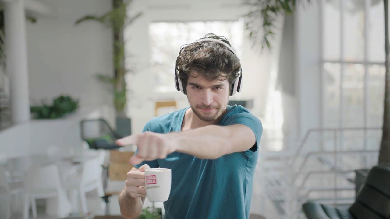 Iklan kopi Torabika Cappucino yang tayang di Rusia | Sumber: YouTube