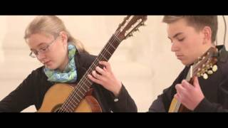 Leonora Spangenberger (13) and Niklas Junker (14) play Mallorca by Isaac Albéniz