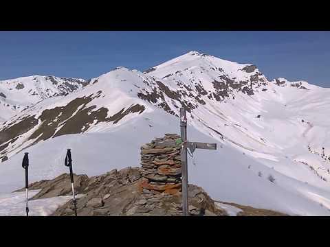 Monte Crosetta 2195 m - Valle Grana. Vista dalla vetta.