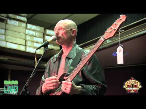 Tony Levin Jams at the Ernie Ball Music Man booth at Bass Player Live - Part 3
