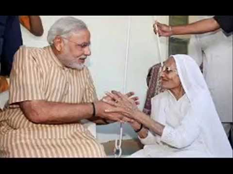 Narendra modi celebrates his victory with mother after election results