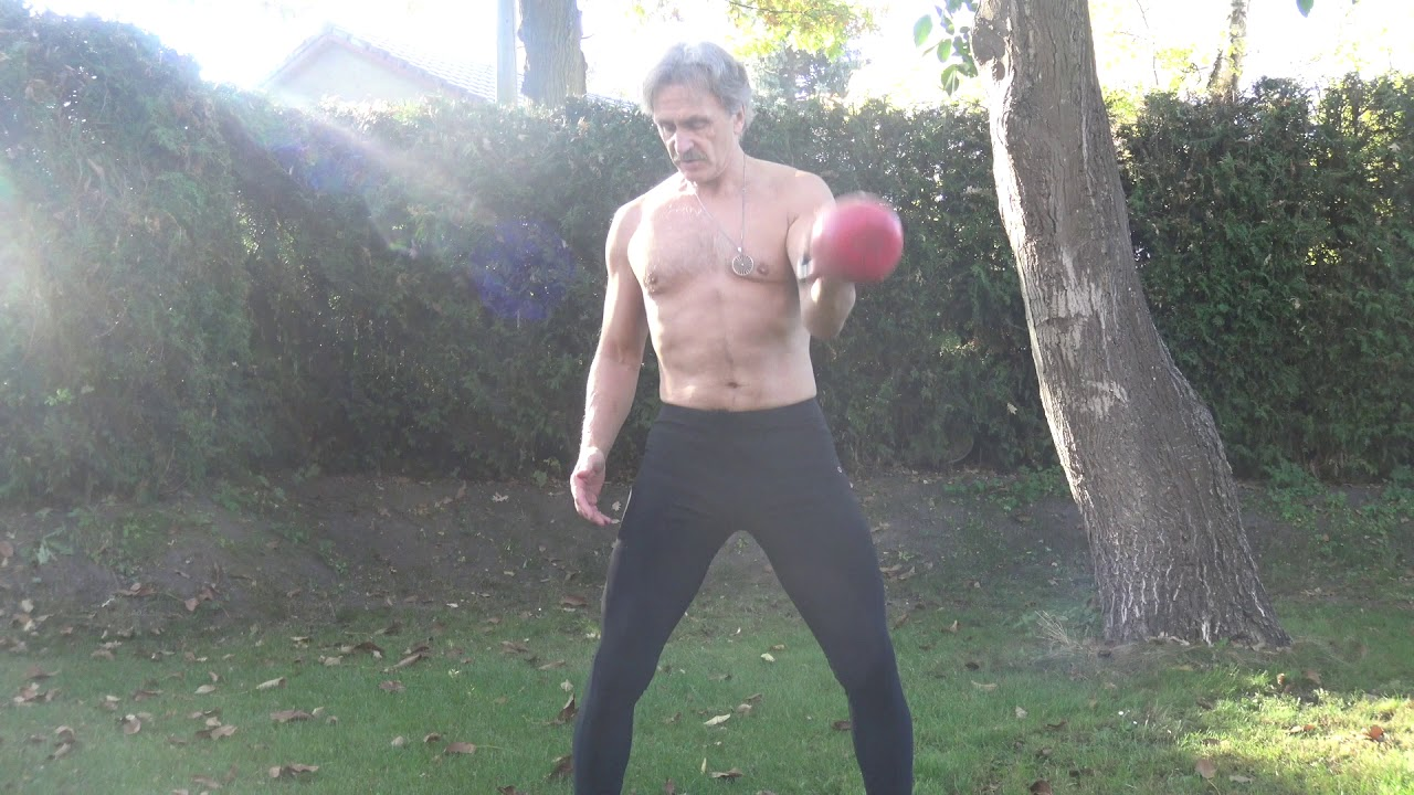 Упражнения с гирями для 50 +| для мужчин и для женщин ...