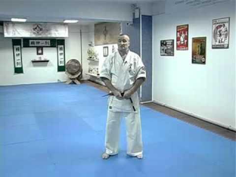 аттестация белый пояс с желтой полосой - YouTube