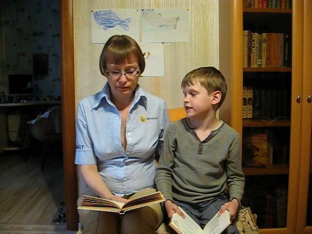 Изображение предпросмотра прочтения – ОксанаМатвеева читает произведение «Крестьянские дети» Н.А.Некрасова