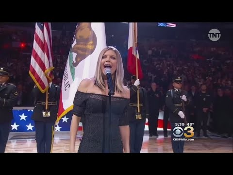 Fergie Apologizes For National Anthem Performance