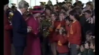 Tom meets the Queen [May 9th, 1988]