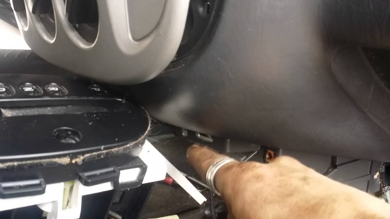 Heater core removal tips on 2007 escape youtube heater core removal tips on 2007 escape fandeluxe Choice Image