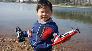 3 and half Year Old Arish Learns to drive RC boats
