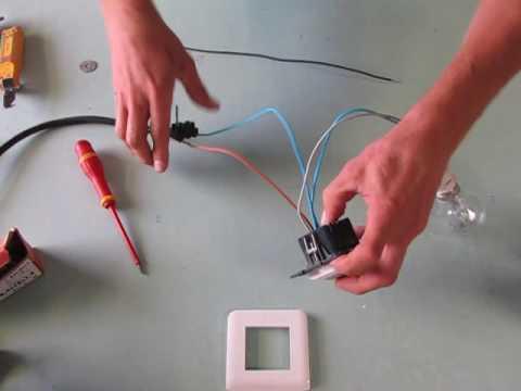branchement d\'un détecteur de mouvement mural
