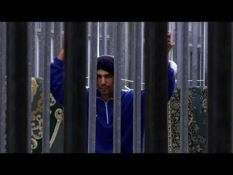 Detained in Italy : Misery for Migrants and Refugees