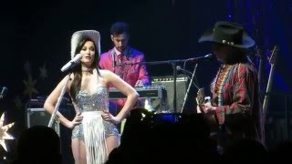 Willie Nelson and Kacey Musgraves - Are You Sure - New Year