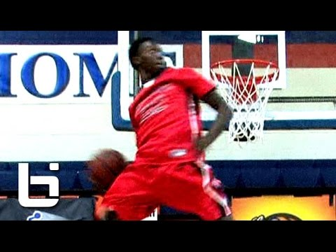 Kwe Parker Is The BEST Dunker In High School! INSANE Bounce!