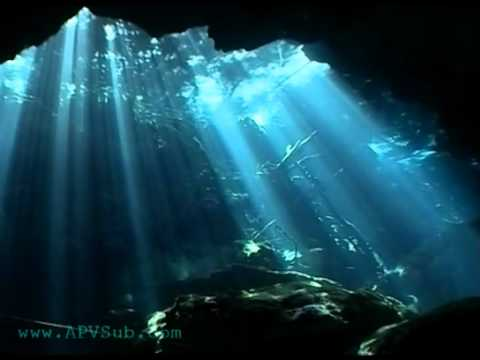 Cenote Chac Mool (contraluces) - YouTube