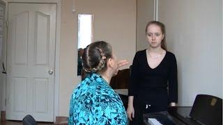 Урок вокала.Вердикт-Джаз и вибрато.Упражнение на прямой звук с вибрато в конце
