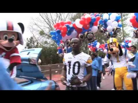 Super Bowl Champ Santonio Holmes at Walt Disney World