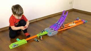 ХОТ ВИЛС Трек- ПИЛА Машинки на Магнитах Hot Wheels