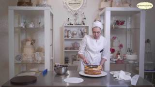 Урок: Выравнивание торта ганашем и покрытие шоколадным велюром