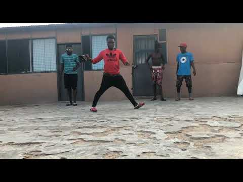 NEW DANCE STEP FROM GHANA! #KAKALIKA by @papa_script