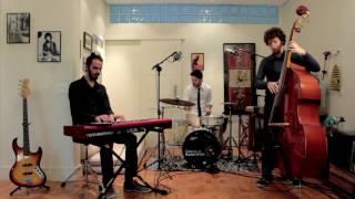 Trio   Bossa, Pop, Jazz   Satin doll