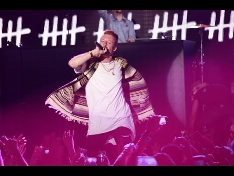 The Heist world tour live Bayonne Macklemore & Ryan Lewis X Dj Simsima X Left Boy