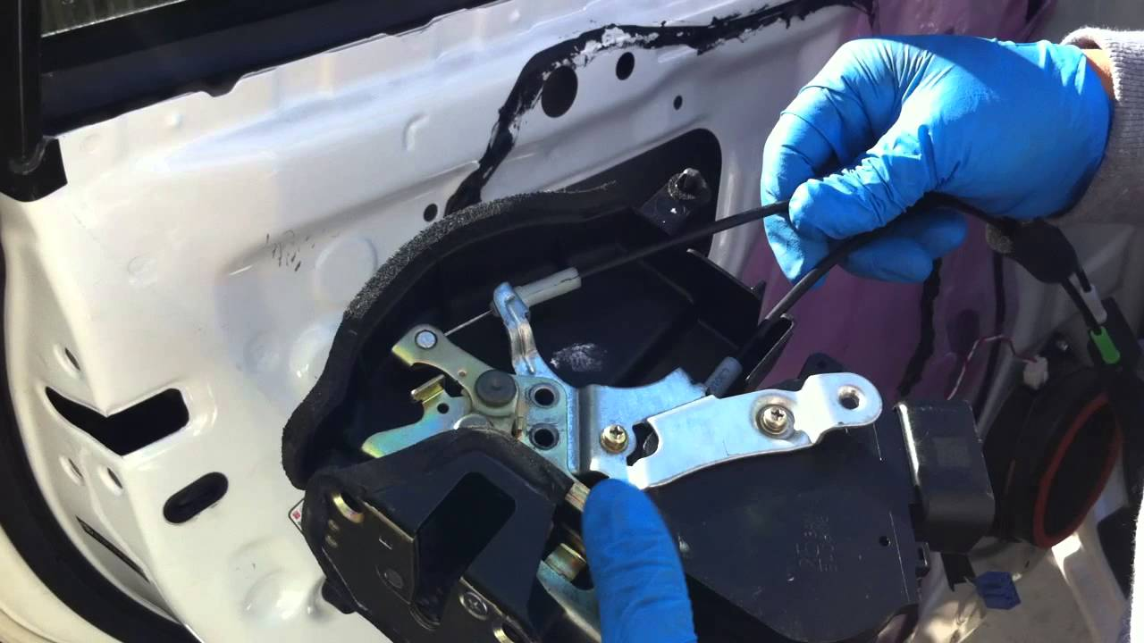 toyota tacoma fuel door lock stuck