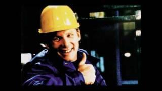 Staplerfahrer Klaus - End Credits Theme