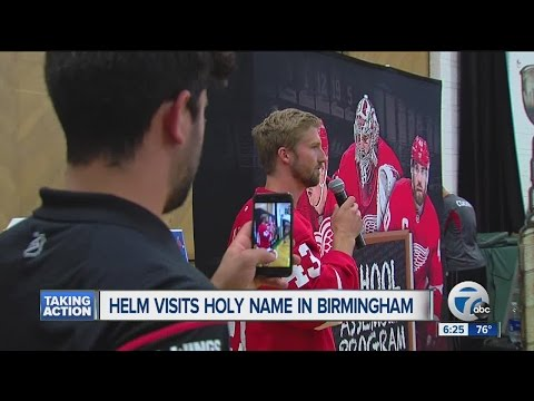 Red Wings begin school assembly program with Darren Helm's visit to Birmingham's Holy Name