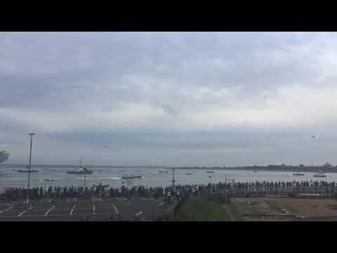 HMS Queen Elizabeth coming in