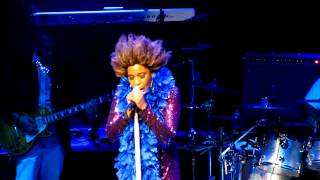 Here Comes the Rain Again - Macy Gray live - Beacon Theater - NYC, July 18, 2012