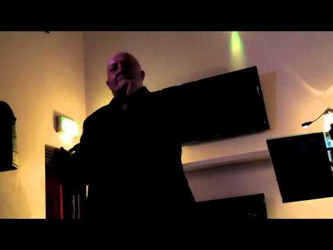 Steve Macfarlane - Auld Lang Syne Live at STUDIO2