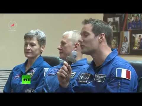 Dernière conférence de presse de l'équipage du Soyouz avant son départ pour l'ISS (Direct du 16.11)