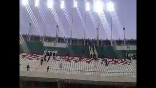 حرب المدرجات بين الشناوة و الحرارشة في ملعب 5 جويلية - 2016