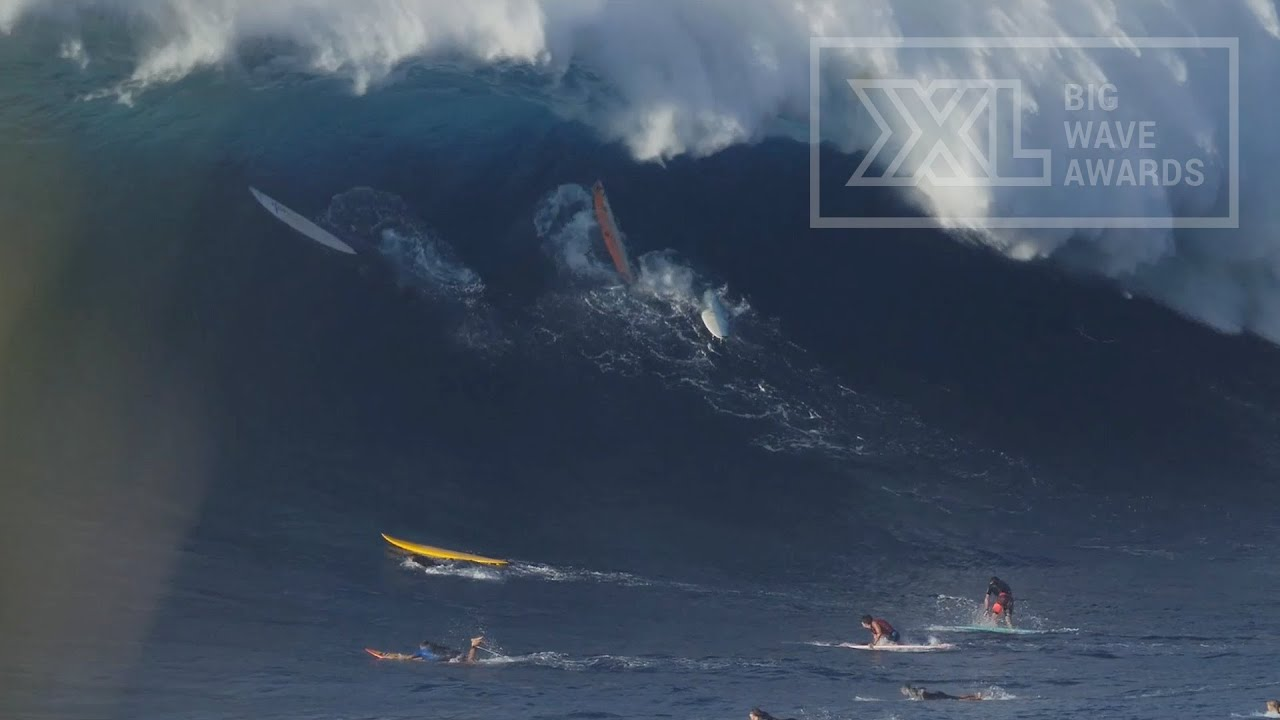 Caught Inside At Jaws On Jan XXL Big Wave Awards Moment - Surfing inside 27 second long barrel wave