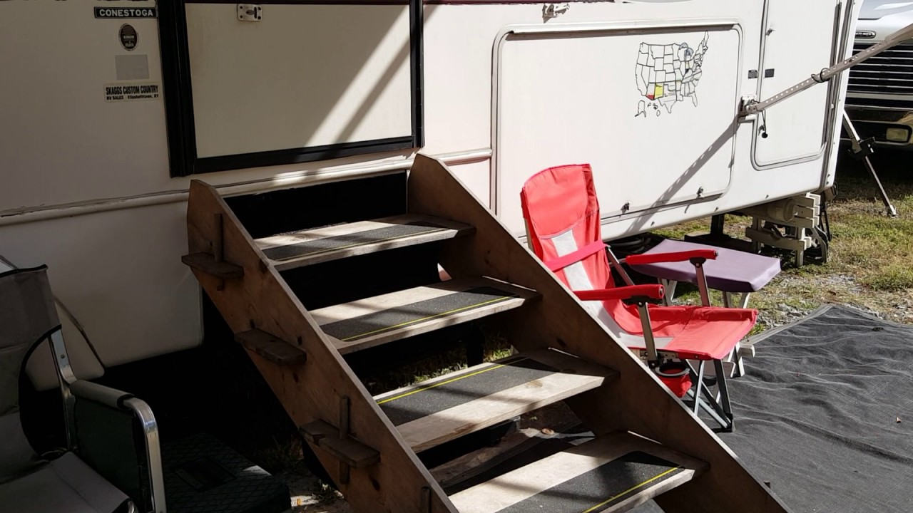 Easy to Make Portable Stairs for Travel Trailers - YouTube