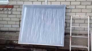 Солнечный коллектор своими руками(Солнечный коллектор собран из подручных материалов. Несмотря на пасмурную погоду начал работать. Единстве..., 2014-06-04T18:04:14.000Z)